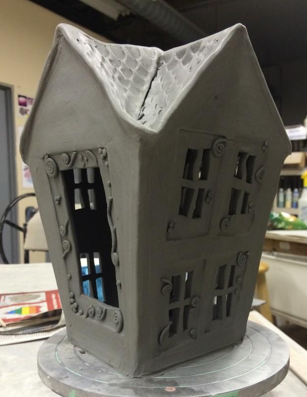 slab house bird feeder
